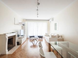 BEST place and location Recoleta Bs.As 2 BR Apart., Buenos Aires