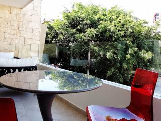 2 Bedroom Apartment in Downtown. Ocean View!, Playa del Carmen