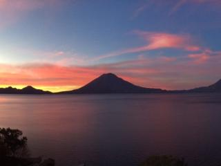 Holiday and vacation apartment rent in PANAJACHEL, Solola