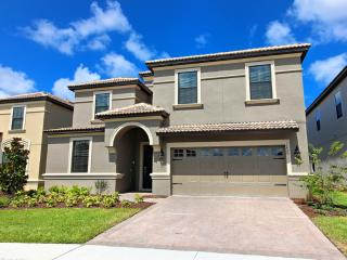 Champions Gate Beautiful 8 BR Pool Home-1479, Orlando