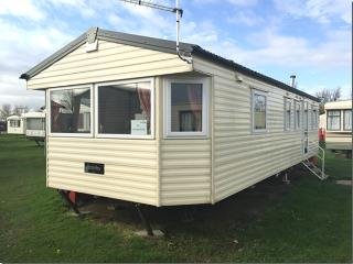 LUXURIOUS 8 BERTH CARAVAN BE THE SEA, Withernsea