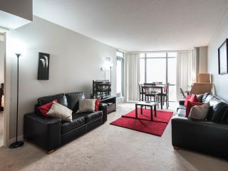 Executive Stay at Harbourview Estates - Conv. 3 BR, Toronto