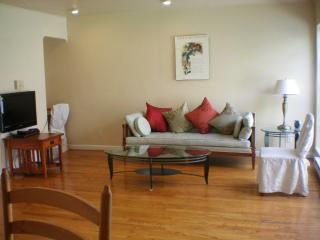 Amazing Two Bedroom Apartment In Palo Alto