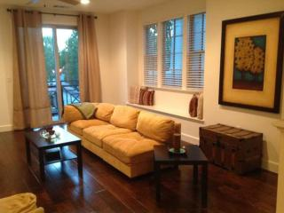 Brand New Furnished 3 BR Townhome In Ultra Convenient Neighborhood, Menlo Park