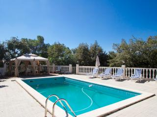 Vacarisses Grande for 18people with a private pool