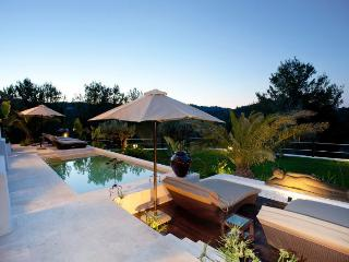 Luxury Balinese Villa with own SPA, Sant Miquel De Balansat
