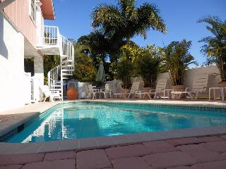 Ocean View 3 bedroom, pool, North Shore Drive, Anna Maria