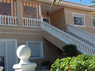 Upstairs apartment in large villa, Almoradi