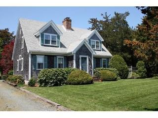 Lovely Cape home, one mile to Nauset Beach, East Orleans