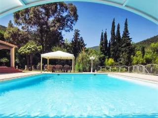 Gorgeous, French-style house in Var, Provençe, La Londe Les Maures
