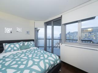 STUNNING 2 BEDROOM APARTMENT - 5, Long Island City