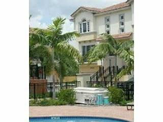 Luxury Townhouse Close to Beach with 3 Suites, Fort Lauderdale