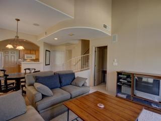 Scottsdale Townhome Centrally Located
