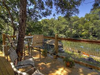 #4 Whippoorwill Haus - River Road Treehouses, New Braunfels
