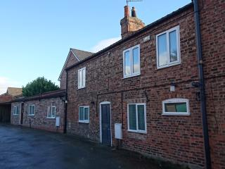 York apartment (Fulford) with free car parking