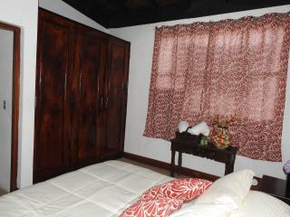 Cute Double Bed &B with Private Bathroom, Managua