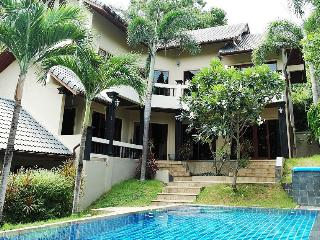 Miss Brown 4 Bedroom Pool Villa in Chaweng