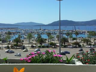 BIG On the Sea for 5-13 guests in Center Free WIFI, Alghero
