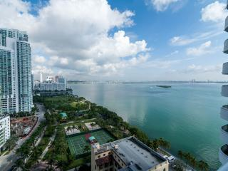 Doubletree Grand Miami Condo on Biscayne Bay
