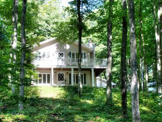 Cottage in the Woods 127116, Harbor Springs