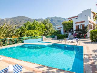 Villa with pool and nice view in southern Crete, Plakias