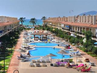 2 Bedroom Apartment in Beachfront 5 Star Complex, Fethiye