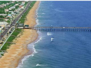 BEAUTIFUL HOLIDAY HOME, Flagler Beach