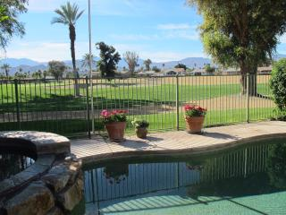 Private Casita near Tennis Garden, Palm Desert