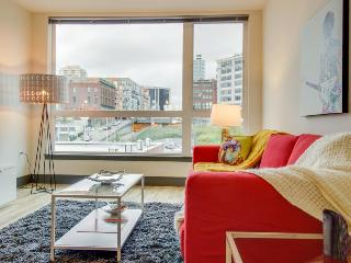 Bring the dog along to this one-bedroom condo in Belltown!, Seattle