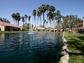 Luxury! View!PetsOK! BBQ WiFi TV Free USA&CA Calls, Palm Desert