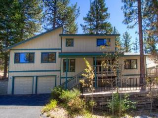 Adorable 3 BR Cabin Located in Montgomery Estates Neighborhood ~ RA61065, South Lake Tahoe