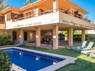 Nice house on the north coast with private pool, Port de Pollenca