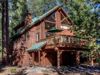 A Family Cabin in the Truckee Pines