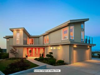 Ultimate BnB: NEW Luxury Ste. for 2 - Ocean View, Victoria