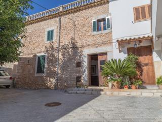 Lovely home in the centre of Lloseta
