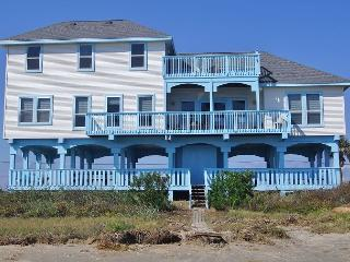 Sophisticated 6/3 beachfront home with impeccable views for 19!, Galveston