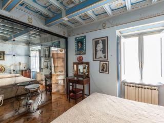 Picturesque apartment with terrace near St.Peter, Vatican City