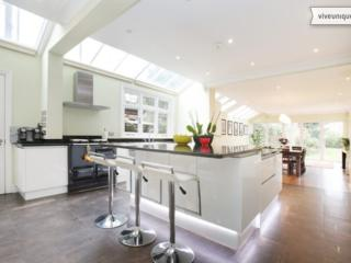 Spacious 6 bed family home, Bristol Gardens, Putney, London