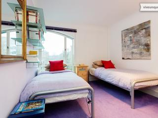 2 bed 2 bath by the canal, Caledonian Road, Islington, London