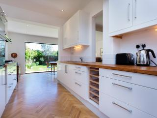 5 bed house on Chelmsford Square, Kensal Rise, London