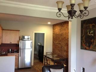 Private 2Bed/1Bath 20 Mins to NYC, Brooklyn