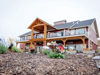 Bed and Breakfast, Cafe, and Market, Kelowna