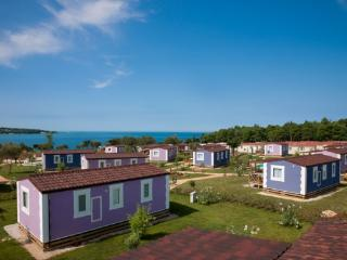 Beach resort 000226 Mobile home Village Premium (ID 504), Novigrad