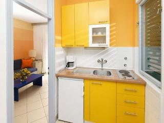 Beach resort 000255 Apartment for 3 persons Superior (ID 574), Umag