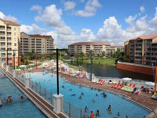 HUGE 4 Bd condo! Westgate Town Center! WATERPARK!!, Orlando