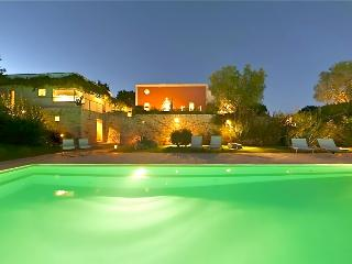 Luxury Villa near Ostuni sleeps 9, Cisternino