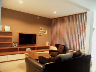 3 bed brandnew house with private pool, Bandung