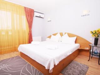 CERT ACCOMMODATION - DOMINO TWO BEDROOM APARTMENT, Bucharest
