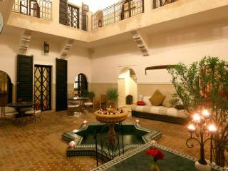 Riad for 10p with Full Service, Marrakech