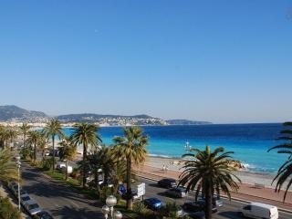 STANDING - VUE MER- 100m2- 3 CHAMBRE / 6 Personnes, Nice